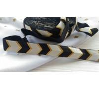 Резинка для блокнотов, шеврон чёрный с золотым, 1 ярд