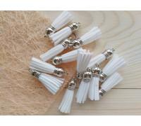 Кисточки замшевые, цвет белый+серебро